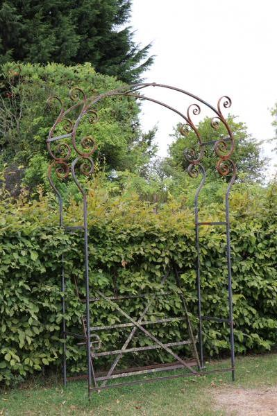 Scrolled Iron Rose Arch - Blacksmith Made (Stk No.3885)