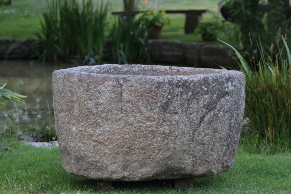 X Large Round Granite Boulder Trough (Stk No.3757)