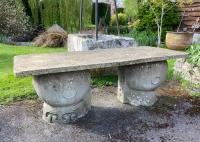 Rounded Stone Based Stone Table (Stk No.3876)