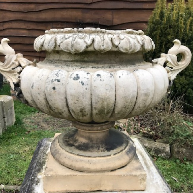 Large Buff Coloured Highly Decorative Pulham Urn (Stk No.3373) - Photo 1