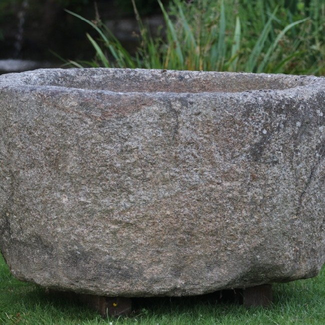 X Large Round Granite Boulder Trough (Stk No.3757) - Photo 2