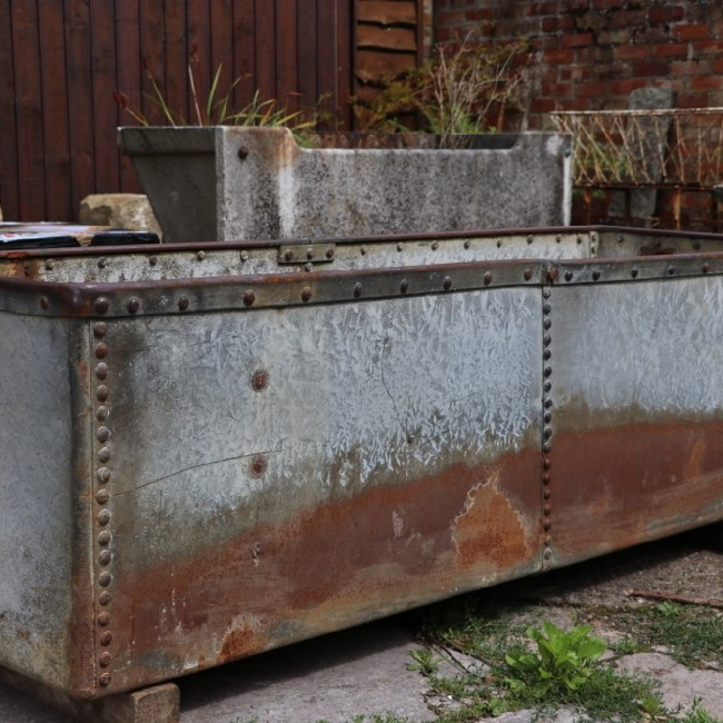 Wide Riveted Galvanised Trough (Stk No.3784) - Photo 2