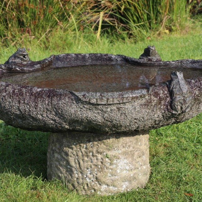Wide Granite Bird Bath / Fountain (Stk No.3786)