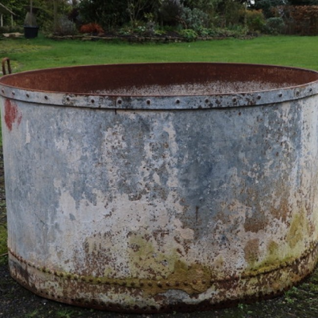 Large Round and Riveted Galvanised Trough (Stk No.3808)